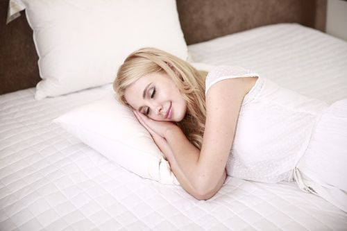 keeping cool with the home heating shop  cooling bed sheets
