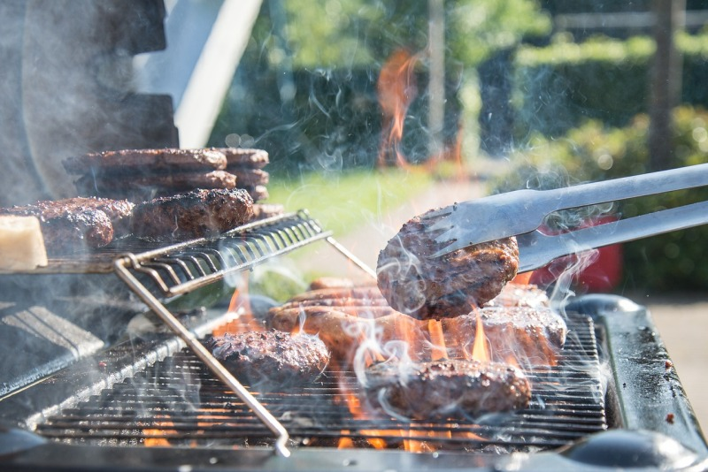 Using A Charcoal Grill The Home Heating Shop Guide